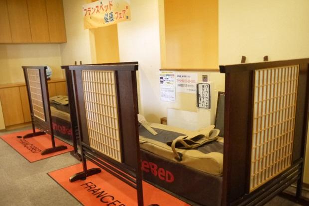お台場大江戸温泉物語ローラーベッドの画像