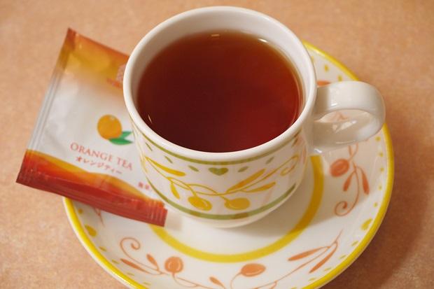 サイゼリヤの紅茶の画像