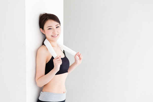 運動後の女性イメージ
