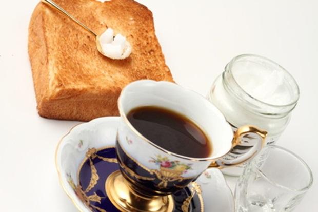 ココナッツオイルで朝食の画像