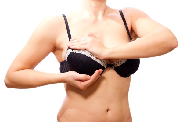 大胸筋を鍛えて乳房の垂れを防ぐ