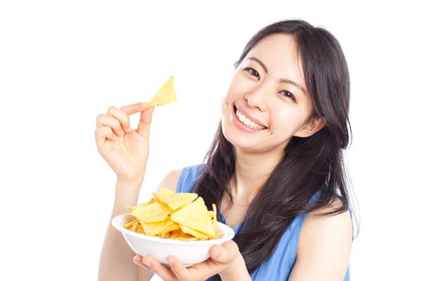 ダイエットに効果的なこんにゃくチップスの食べ方