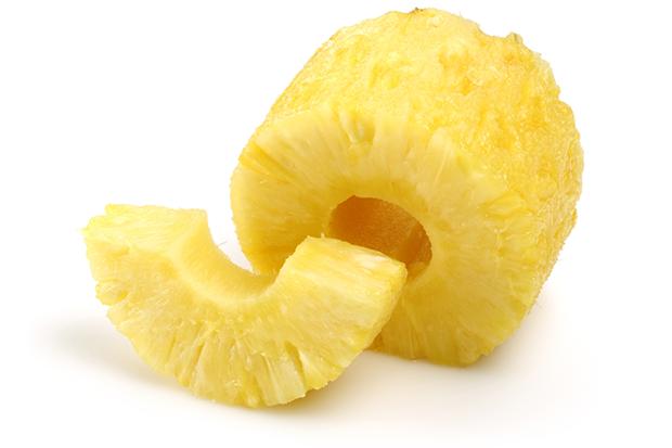 調理されたパイナップル