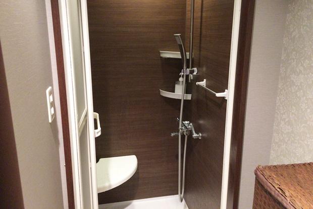 クイーンズピュアのシャワールーム